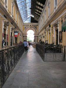 Corridor running Pasaje Enriquez